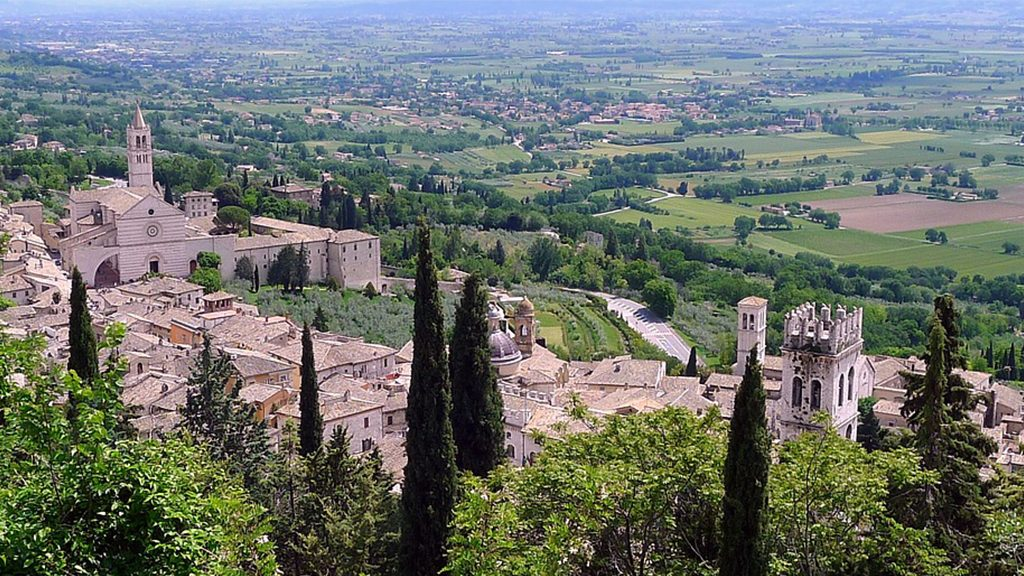 The best season to visit Assisi