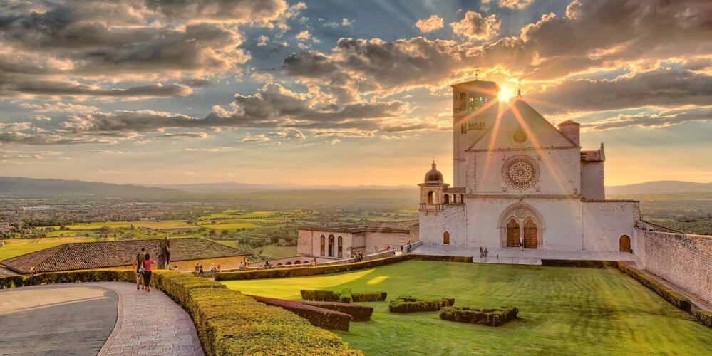What to see in Assisi in June